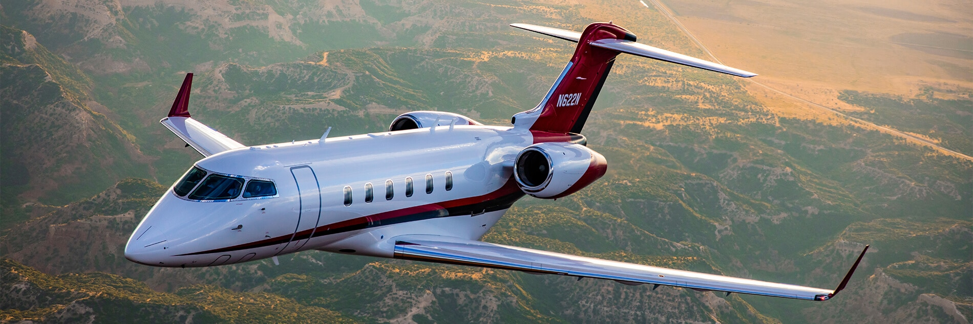 Challenger 300 In Flight